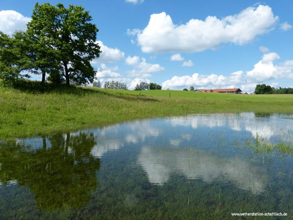 http://www.wetterstation-schaftlach.de/temp/20160620-02.jpg